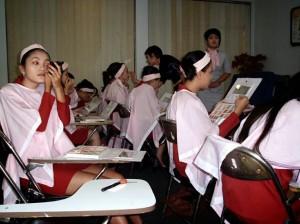 berapa gaji sekolah pramugari pas semarang indonesia